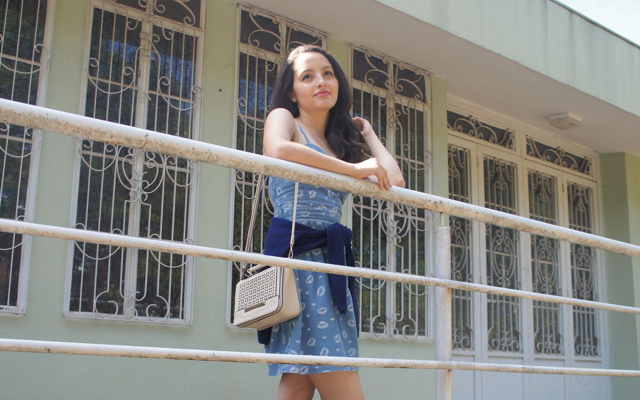 Look Vestido Azul Claro