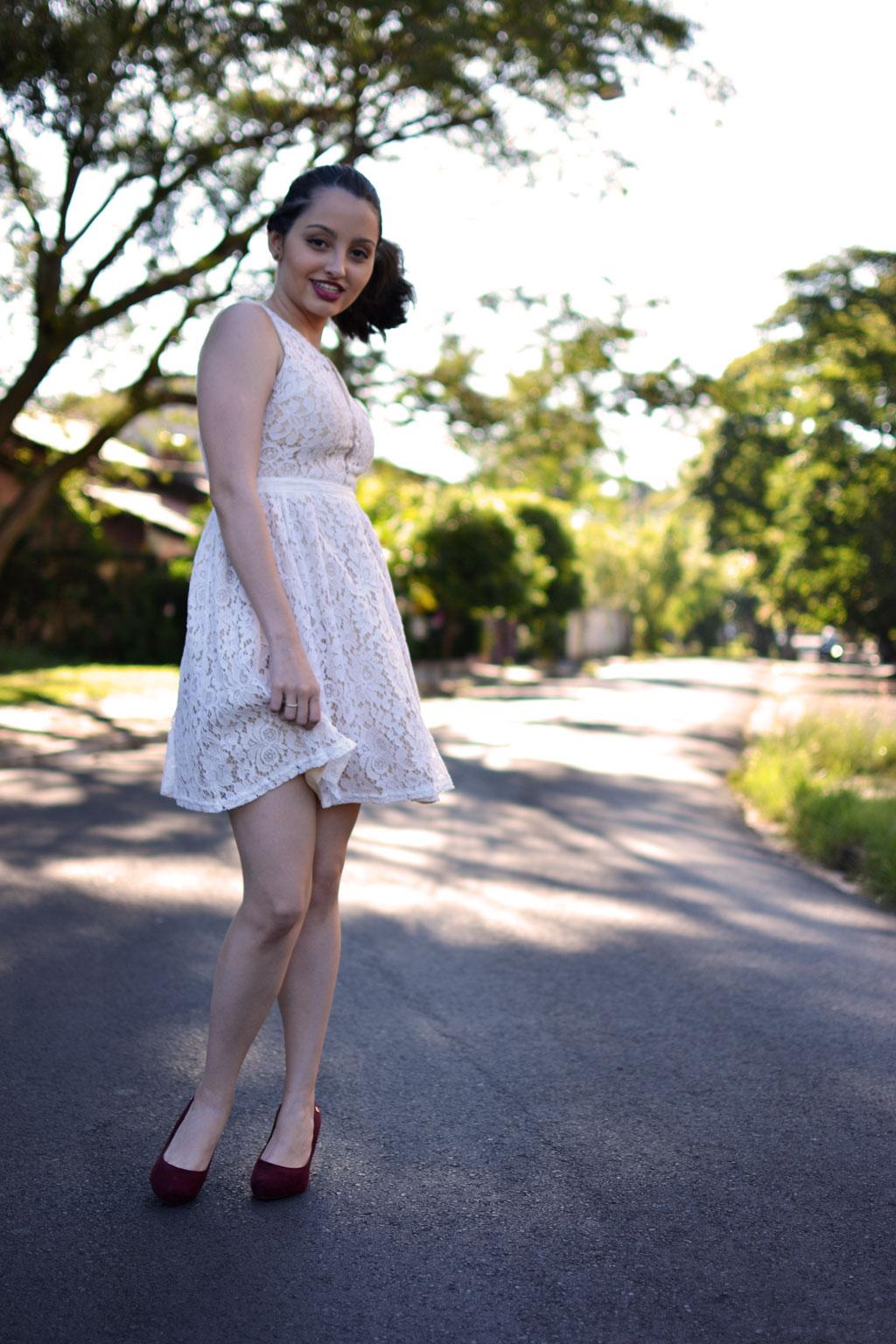 Vestido Branco Rodado